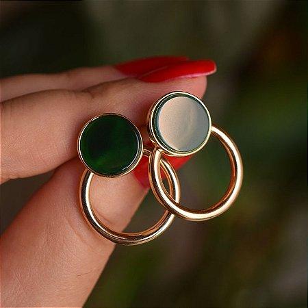 Brinco argola frontal pedra natural ágata verde ouro semijoia