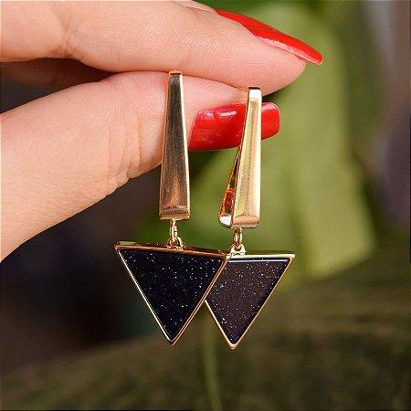 Brinco triângulo invertido pedra natural estrela ouro semijoia