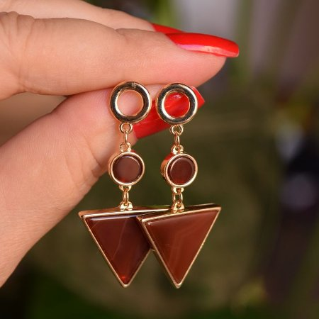 Brinco geométrico pedra natural ágata vermelha ouro semijoia
