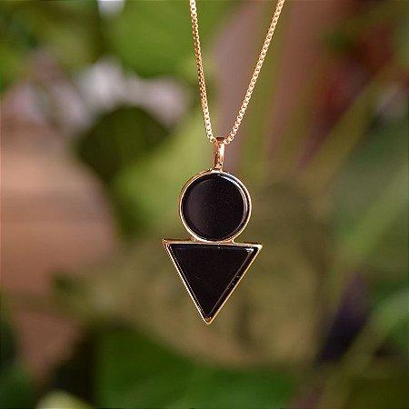 Colar geométrico pedra natural ágata preta ouro semijoia
