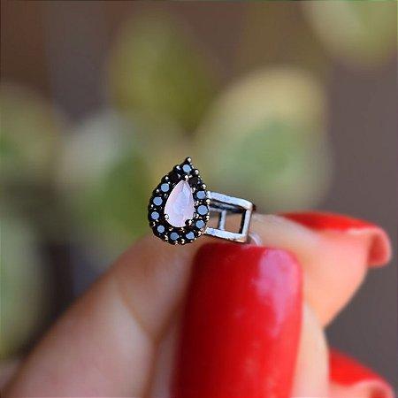 Piercing de encaixe cristal gota branca leitosa ródio negro semijoia