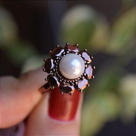 Anel flor zircônia cobre metalizado com pérola semijoia