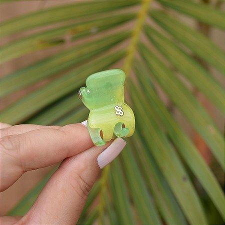 Piranha de cabelo Bianca acrilíco tie dye verde e amarelo 05 033