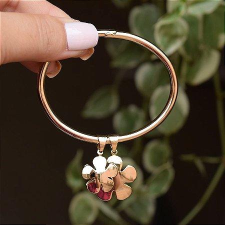 Bracelete pingente flor ouro semijoia