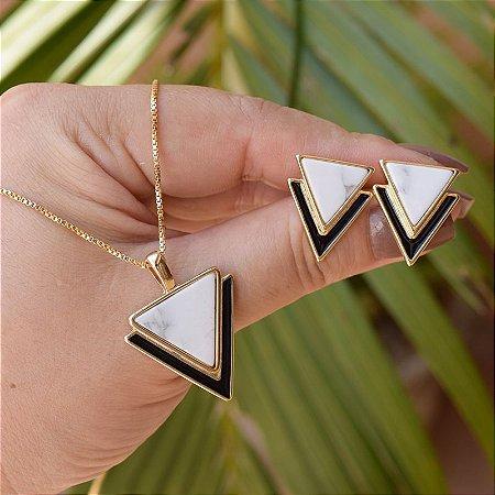 Colar e brinco geométrico pedra natural howlita branca ouro semijoia