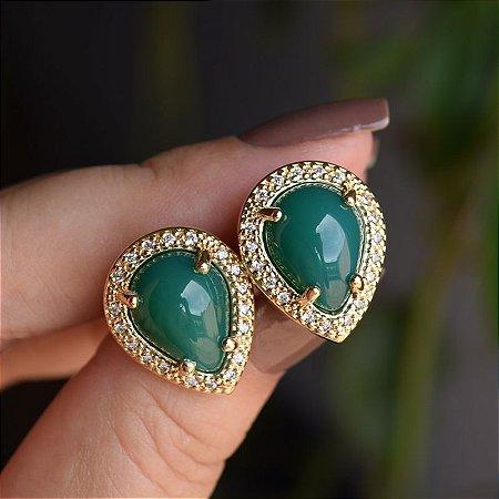 Brinco gota invertida pedra natural ágata verde zircônia ouro semijoia