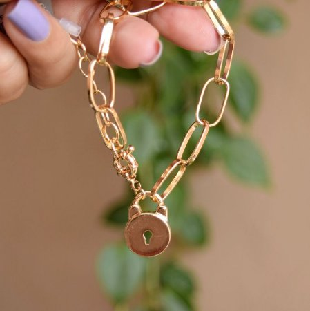 Pulseira corrente cadeado ouro semijoia