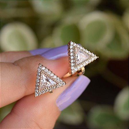 Brinco pressão triângulo zircônia ouro semijoia