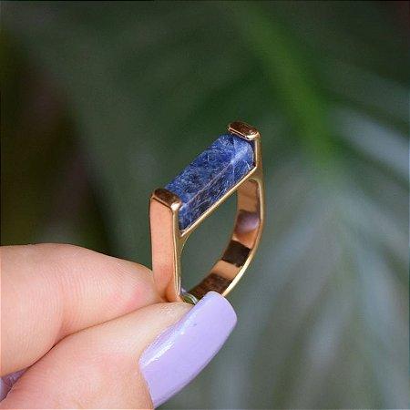 Anel reto pedra natural sodalita ouro semijoia