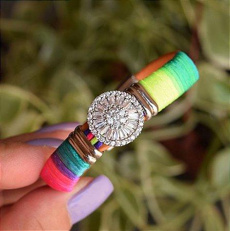 Bracelete couro sintético pizza fio de seda neon colorido