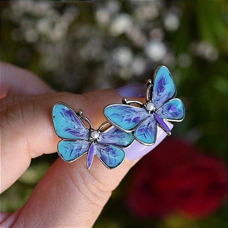 Brinco borboleta pintada à mão azul e lilás