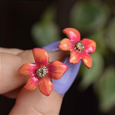 Brinco flor pintado à mão laranja com cristal