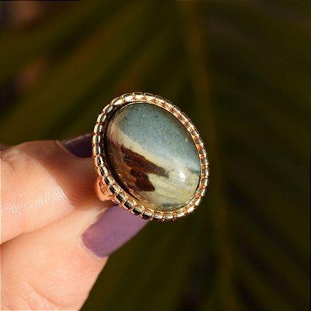 Anel oval pedra natural jaspe verde ouro semijoia