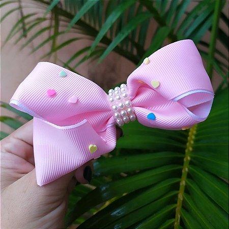 Presilha bico de pato infantil rosa claro laço com pérolas