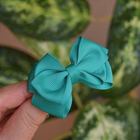 Presilha bico de pato infantil laço verde bandeira