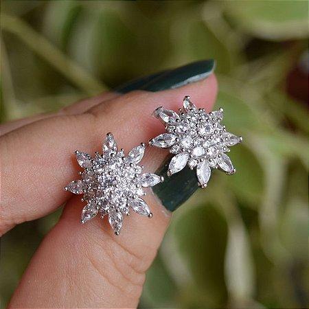 Brinco flor zircônia ródio semijoia 3828