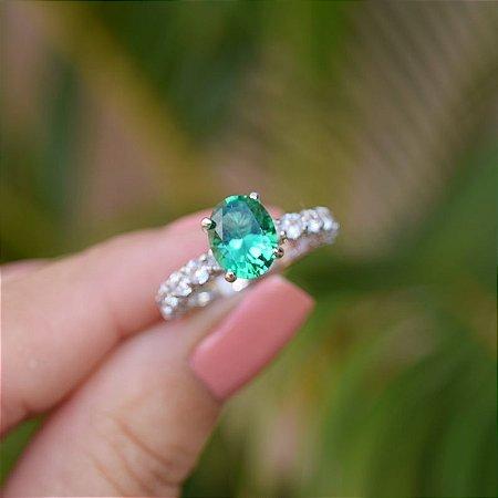 Anel solitário zircônia verde prata 925