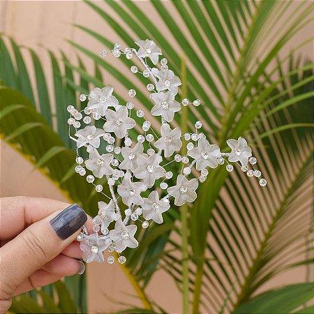 Arranjo de cabelo para noiva flores cristais semijoia