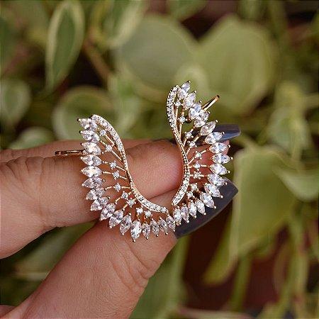 Brinco ear cuff asas zircônia ouro semijoia 19a04017