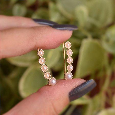 Brinco ear cuff 5 pérolas ouro semijoia 19a12111