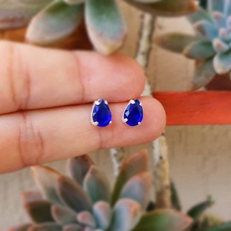 Brinco gota de zircônia azul royal