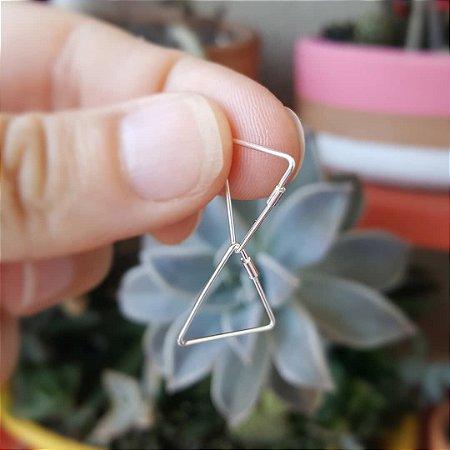 Argola triângulo