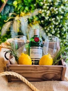 Box Gin Tanqueray