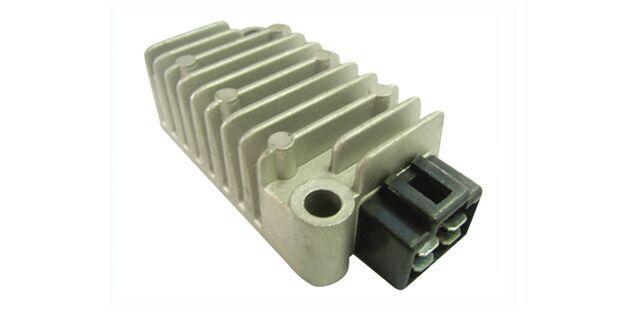 Regulador / Retificador XT 225 (1996-2006) XT 600 E (1995-2004) XT 660 TÉNÉRÉ (1990-1992) 90271300