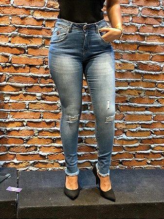 Calça Jeans Skinny Desfiado na barra REF 08781