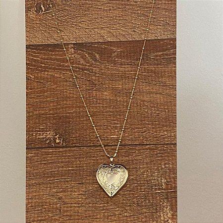 Colar Relicário Coração SemiJoia Dourado