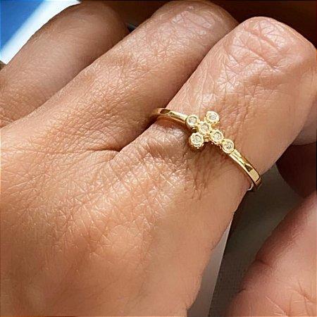 Anel Cruz com Cristais - Dourado