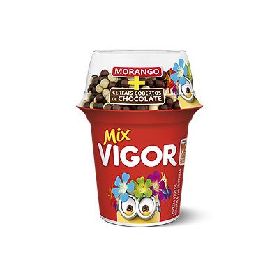 IOGURTE MIX MORANGO BLACK WHITE VIGOR 165G POTE