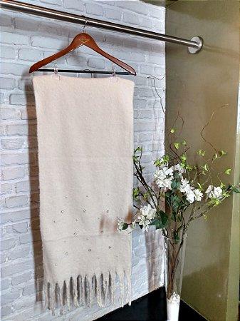 Echarpe Lã com Aplique de Pérolas