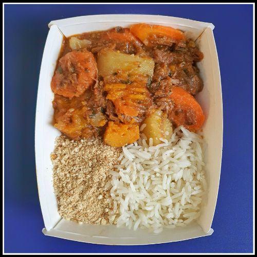 Carne de panela com batata, cenoura e abóbora