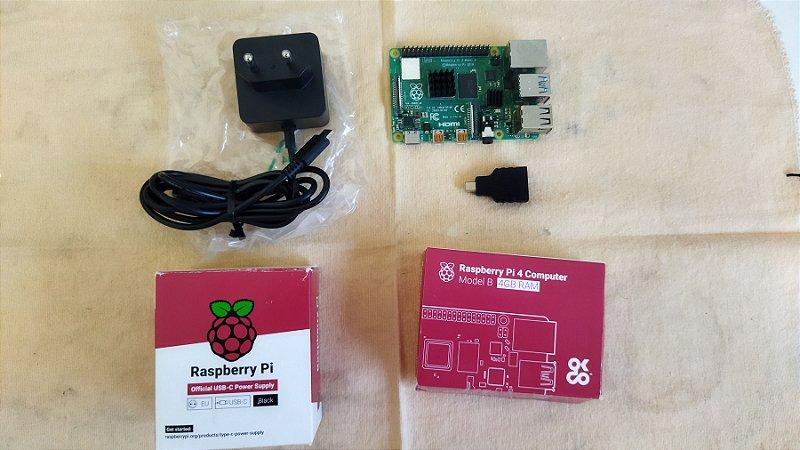 Raspberry Pi4 4gb com dissipador e fonte