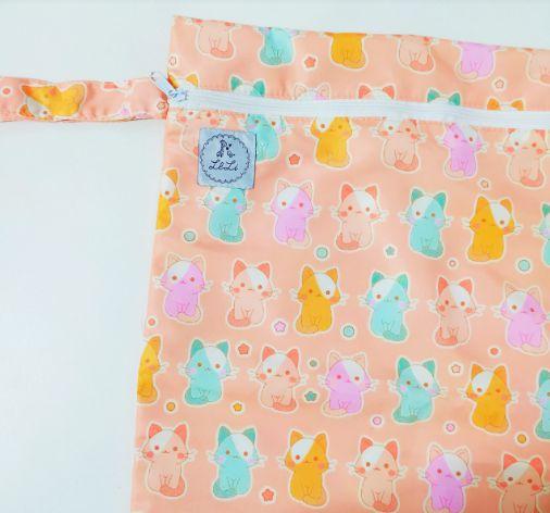 Sacola Impermeável – Gatinhos coloridos