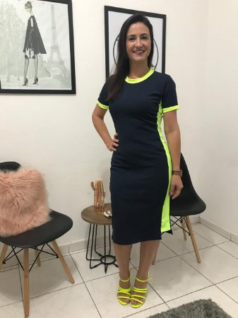 Vestido de Malha Canelada com Faixa Lateral Neon Amarelo 4152 Tata Martello - Moda Evangélica