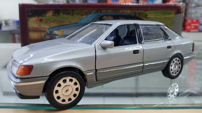 Shabak - Ford Scorpio - 1/24 (Sucata)