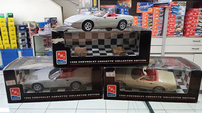 Ertl Collectibles - 1996 Chevrolet Corvette (Sucata em Plástico) - 1/24