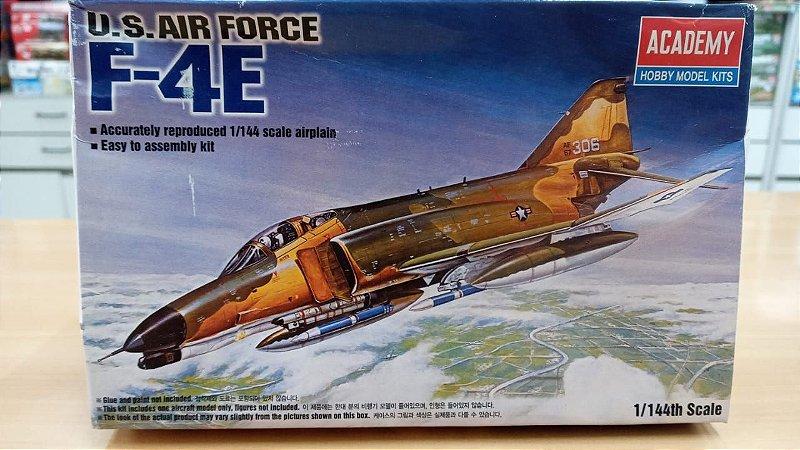 Academy - U.S. Air Force F-4E Phantom II - 1/144 (Sucata)
