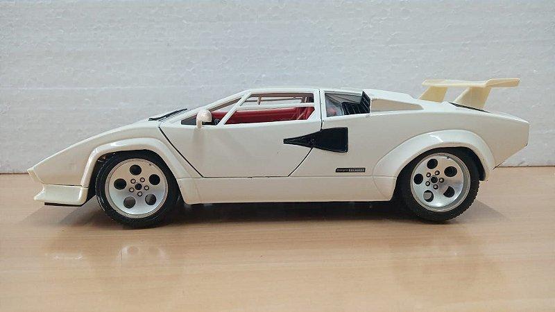 Burago - Lamborghini Countach 1988 - 1/18 (Sucata)