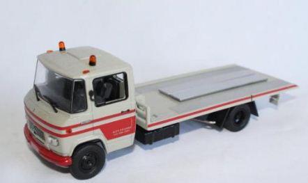 Ixo - Caminhão Mercedes-Benz L - Guincho Plataforma - 1/43