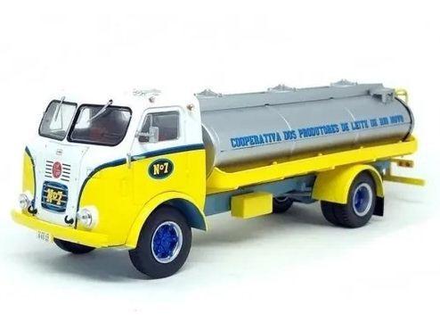 Ixo - Caminhão FNM D-11000 - Cooperativa dos Produtores de Leite do Rio Novo - 1/43