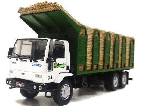 Ixo - Ford Cargo C-2630 6x4 Transporte de Cana-de-Açúcar - Fazendas Moreira - 1/43