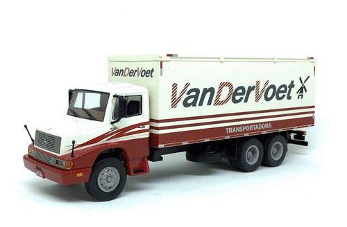 Ixo - Caminhão Mercedes-Benz L1618 - Transportadora Van der Voet - 1/43