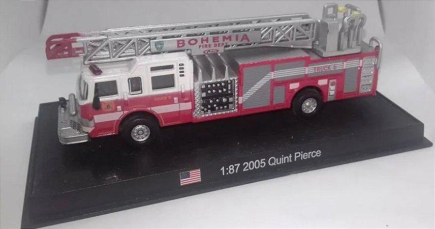 Ixo - Caminhão Quint Pierce 2000 - 1/87