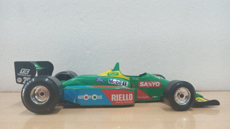 Burago - Benetton B188 (B190) Ford 1988 (1990) (Sem Caixa) - 1/24