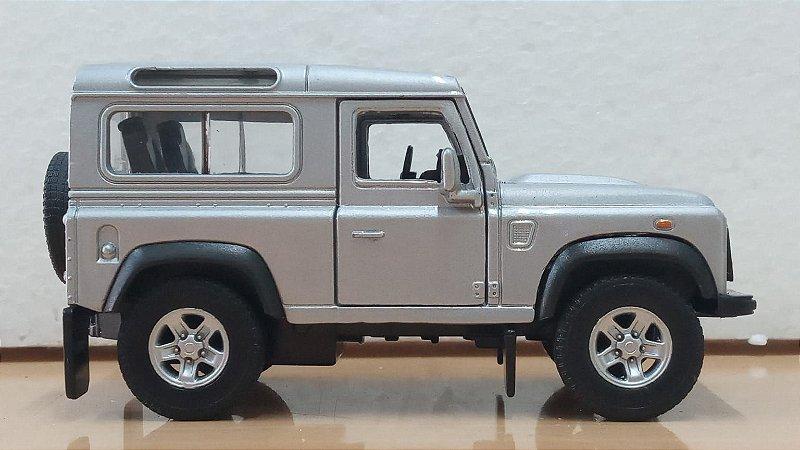 Welly - Land Rover Defender (Sem caixa) - 1/32