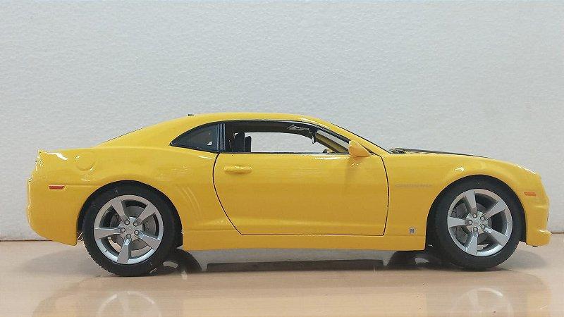 Maisto - Chevrolet Camaro SS 2010 - 1/18 (Sem Caixa)