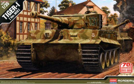 Academy - Tiger-I (Ver. Mid) - 1/35